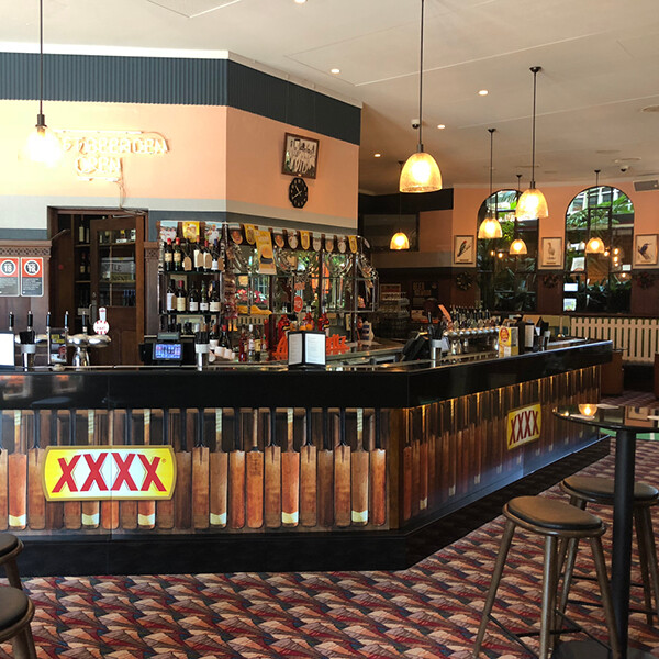 XXXX GOLD AT THE OAKS HOTEL (NSW)
